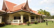 Påkostet villa Bang Sarey