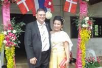 Kurt Rasmussen er gift med Bunsong i Thailand. Nå vil han og andre ha med seg hele pensjonen hit.